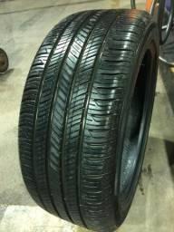 Vendo pneu 245/45 R19