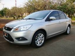 Ford focus sedan ghia 2.0 flex - 2011 - automatico - completo + teto solar - veja - oferta