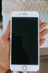 iPhone 8 Plus dourado 64 Gb