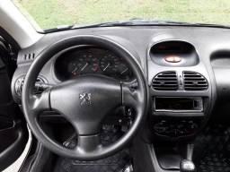 Peugeot 206 Presence 1.4 2008 - Flex Completo - 2008