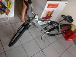 Bicicleta aro 26 inox novinha