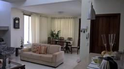 Não perca a chance de adquirir essa linda casa, em bairro nobre de Porto Seguro
