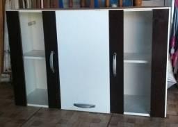 Armário de cozinha/parede