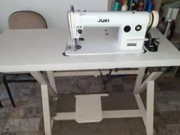 Título do anúncio: Máquina de costura industrial reta em excelente estado