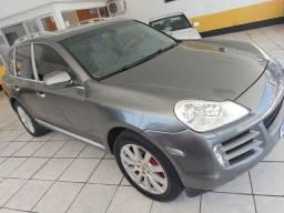 Porsche Cayenne - Top de linha