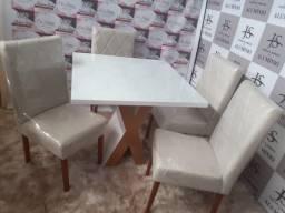 Título do anúncio: Conjuto Mesa e Cadeiras T.O.P Pronta Entrega