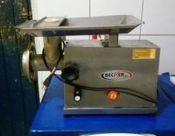 Vendo máquina de fazer carne moída