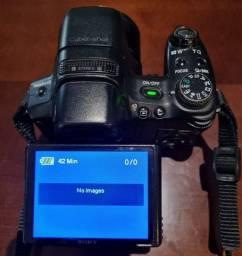 Câmera Fotográfica Sony DSC ? HX1