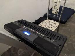 Teclado Yamaha psr-e433 Tudo funcionando direitinho em perfeito estado