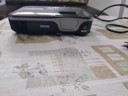 Vendo Retroprojetor Epson com tela lonada 1.5x1.5m