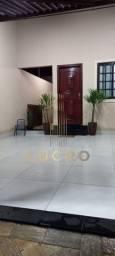 Título do anúncio: Casa para venda em Parque São Cristóvão de 181.00m² com 2 Quartos, 1 Suite e 2 Garagens