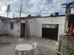 Alugo terreno galpão ao lado do Riomar