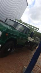 Vendo caminhão D60