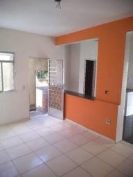 Título do anúncio: Casa duplex com 2 quartos em Cascadura - Rua Inharé, 316