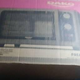Título do anúncio: Vende- se forno elétrico dako preto