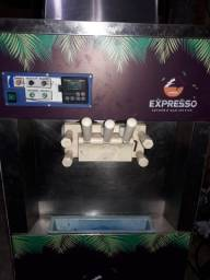 Título do anúncio: Máquina de Sorvete Italianinha 220V Monofásico