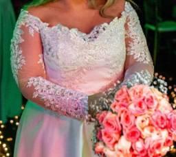 Título do anúncio: Vestido de noiva. Em perfeito estado.