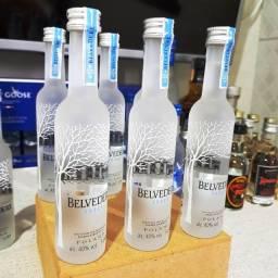 Título do anúncio: Miniatura Vodka Belvedere Polonesa - 50ml - Original, Lacrada e Licenciada