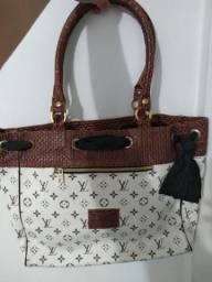 Bolsa Louis Vuitton linda