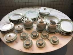 Jogo de jantar de porcelana Schmidt