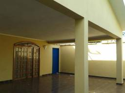 Venda ou troca casa em Sertãozinho por apto em Ribeirão Preto