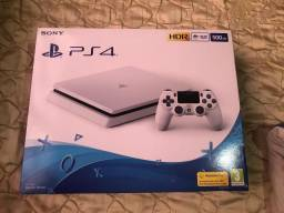 PS4 branco, 1300