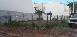 Lote 240 m2