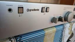 Amplificador Gradiente model 76 muito novo pego cartão