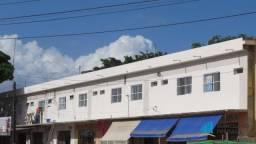 Apartamento com 1 dormitório para alugar, 25 m² por R$ 459,00/mês - Carlito Pamplona - For