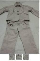 Conjunto + 2 blusas menina de brinde 4 anos