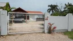 Casa c/Piscina e Patio Amplo Praia de Mariscal/Bombinhas SC
