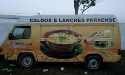 Food truck + 5 jogos de mesas + chapa + freezer - 1995