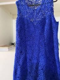 Lindo vestido de renda e todo forrado
