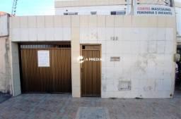 Título do anúncio: Casa 3 quartos, a poucos metros do Posto São Domingos.