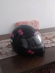 Capacete de moto feminino