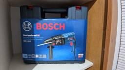 Título do anúncio: Martelete Perfurador Bosch 820w Com Maleta 127V Novo Nunca Usado