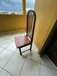 Título do anúncio: Vendo cadeiras de madeira.