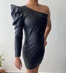 Vestido em napa preto