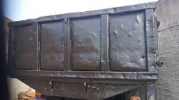 Título do anúncio: Cargo caçamba ano 90