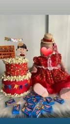 Vestido de quadrilha + bolo