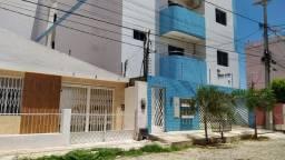 Casa a venda com 180 m² de área construída no centro - A venda