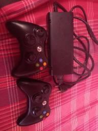 Título do anúncio: Fonte e controle Xbox 360
