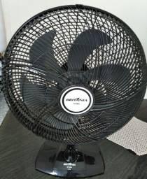 Ventilador Britania BVT4000