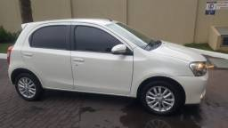 Etios xls hatch 1.5 - 2015