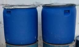 cba7914fac Recipiente Bombona Vasilhame plástica Tambor Tambores Tonel Toneis Tunel de  130 litros