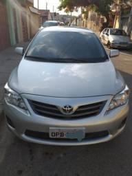 Toyota Corolla em perfeito estado - 2013
