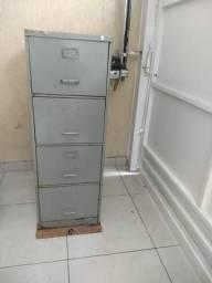 Arquivo de aço 4 gavetas