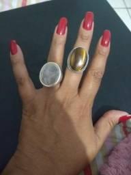 Vendo lindos anéis de prata de lei