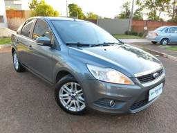 Focus Sedan 1.6 Flex Completo - 2012