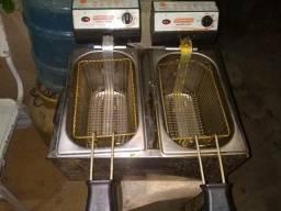Fritadeira elétrica c/ 2 cubas